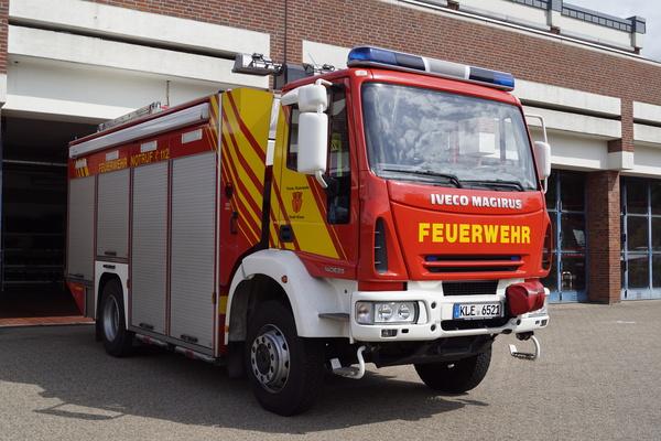 FW KLV01 RW 1